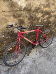 Vendo bicicleta boa de marcha