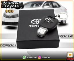 Pendrive Toyota 8 GB t22s6sd21