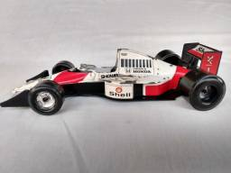 Título do anúncio: Miniatura F1 MacLaren Burago 1/24