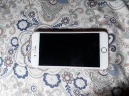 Vendo um iPhone 7 Plus 32 GB semi novo