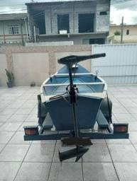 Vendo bote de madeira