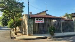 Casa à Venda, ótima localização, em Assis/SP