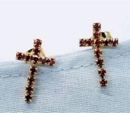 Brincos cruz em ouro 18k Glória Ribeiro