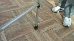 Andador dobrável articulável - produto ortopédico