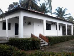 Casa em Salinopolis, com 4 quartos sendo uma suite proximo a Orla do Maçarico