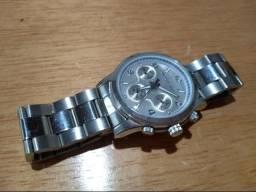 508502cb00f Relógio Novo