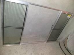 Janela de alumínio de vidro nova nunca usada