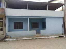 Vendo está casa de 80 metros quadrados no município de Atílio Vivacqua/ES