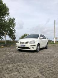 Toyota Etios 1.5 - 2014