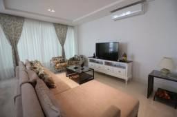 Apartamento, à venda, 3 quartos, 3 vagas, quadra mar, em Meia Praia - Itapema (SC)