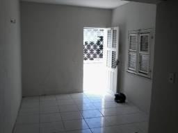 Apartamento no Álvaro Weyne