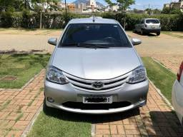 Etios hatch xs automático - 2017