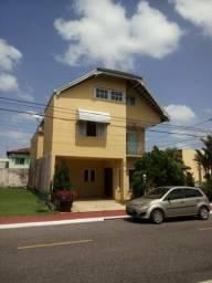 Cond. C. Jardim 2, casa com 2 pavimentos, 4/4 sendo 1 suíte Master, contato 91- *