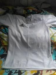 Camiseta adidas original tamanho p