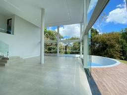Vendo casa maravilhosa em aldeia - super moderna - com 5 suítes -