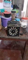 Caixinha de som usado em ótimas condições