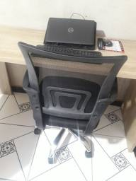 Cadeira e Mesa em L