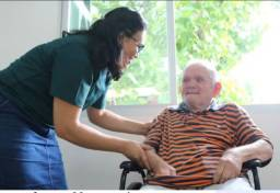 Cuidadora de idosos, Sandra maria