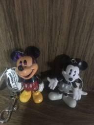 02 chaveiros do Mickey - comprados na Disney