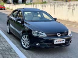 Título do anúncio: VW JETTA 2.0 ASP 2014 COM TETO KM BAIXO