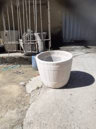 Título do anúncio: Vasos de Planta Cimento