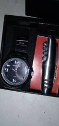 Vendo um relógio mondane  original aprova Novo