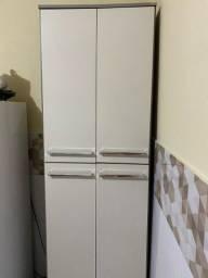Vendo armário zero bala 180 reais
