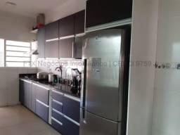 Casa à venda, 5 quartos, 1 suíte, 4 vagas, São Francisco - Campo Grande/MS