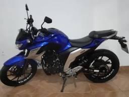 A venda Yamaha Fz 25 Fazer 250 2020 Azul<br><br>