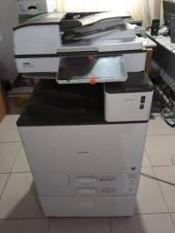 Multifuncional Ricoh MP C2004