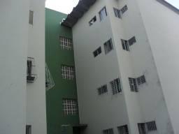 Apartamento com 2 dormitórios à venda, 62 m² por R$ 220.000,00 - Hipódromo - Recife/PE