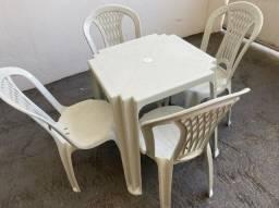 Super oferta de atacado Conjunto de mesa e cadeira plastica nova para bares