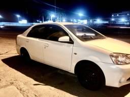 Toyota Etios 2014 1.5 completo + GNV
