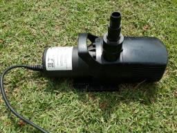 Título do anúncio: Vendo Bomba Atman Submersa 7500 litros /hora 110V