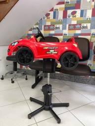 Título do anúncio: Cadeira carrinho para corte infantil