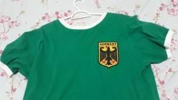 Título do anúncio: Camisa Retrô da Alemanha - Tamanho G.