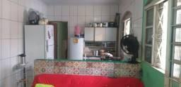 Casa de 2 Quartos  Arapoanga