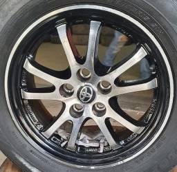 Título do anúncio: Rodas Prius aro 15 + pneus em até 10x de R$165,00 no cartão de crédito