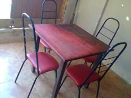 Mesa com 4 cadeiras baratíssimo /// entrego