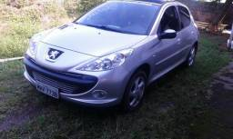 Peugeot 207 XR 1.4 - Ótimo Estado - Quik Silver - 2010