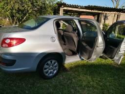 Vendo Peugeot 207 sedã passion XR 2010 modelo 2011 - 2010