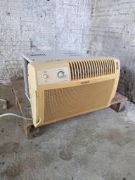 Vendo dois ar condicionados