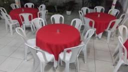 Mesas Redondas 1,10 cm e cadeiras