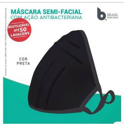 Máscara Reutilizável Bojo Brasil Preta Tamanho único