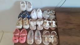 Sapatos e sandalha infantis