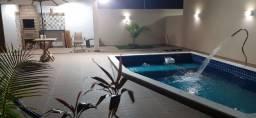 Casa no paraiso Francês em condomínio