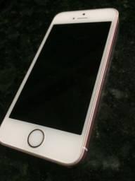 Vendo iPhone SE praticamente novo 32 Gb
