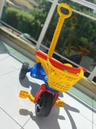 Carrinho triciclo passeio 1 semana de uso