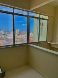 Título do anúncio: Aluga-se apartamento no Edf. Futuro - Centro