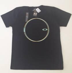 Kit 4 Camisas Oakley - Calvin Klein (2 Cada) Tamanho M